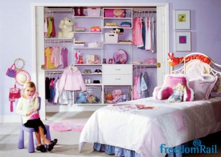 Schulte freedomRail closet for girls